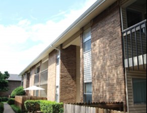 Exterior at Listing #136233