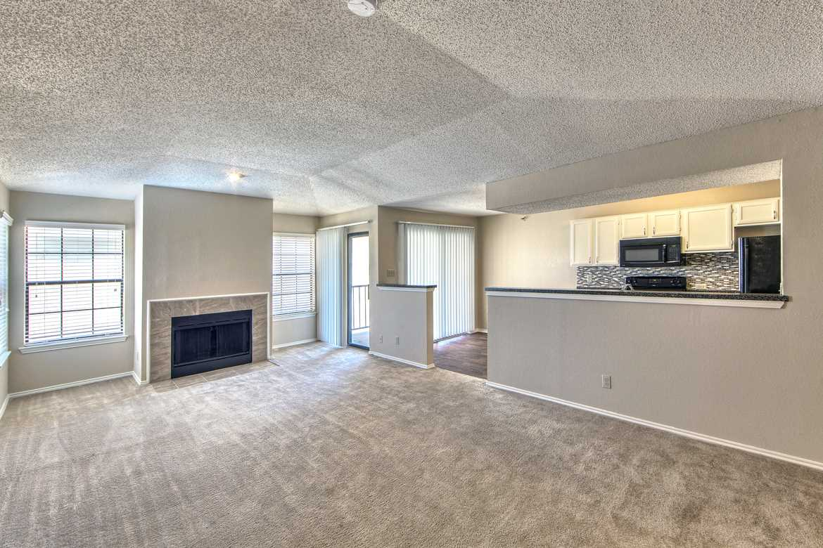 Living Area at Listing #135708