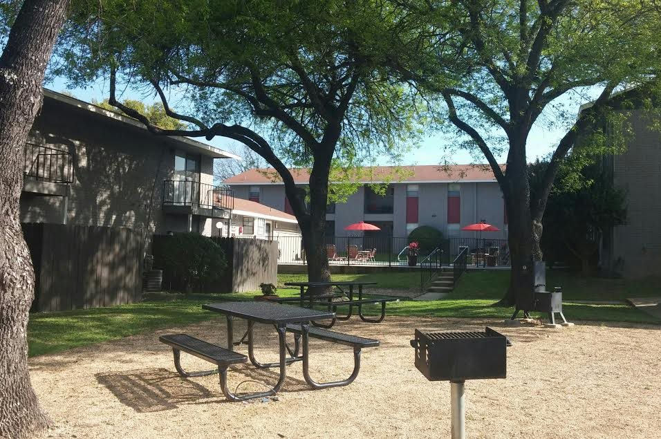 Picnic Area at Listing #140862
