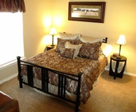 Bedroom at Listing #145727