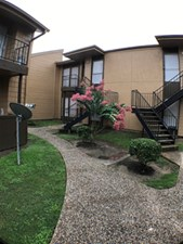 Exterior at Listing #139558