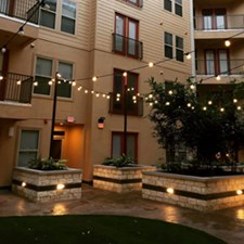 Courtyard at Listing #261126