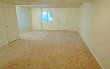 Living at Listing #140470