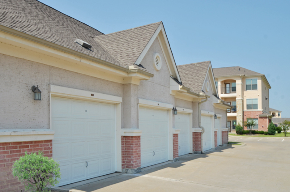 Exterior at Listing #144778
