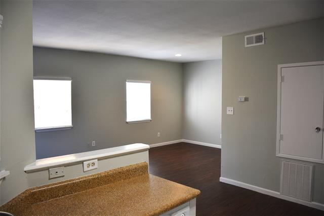 Living at Listing #138454