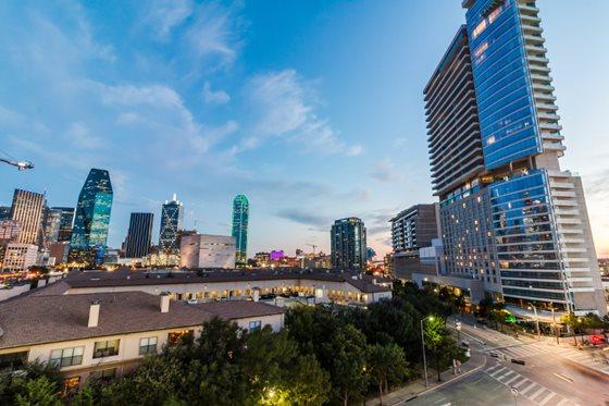 Cirque Apartments Dallas TX