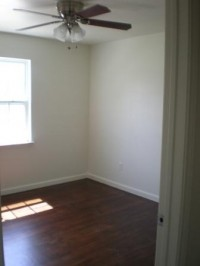 Bedroom at Listing #150603