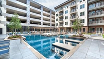 Pool at Listing #282965