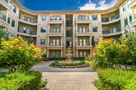 Laguna Vista Apartments Farmers Branch TX