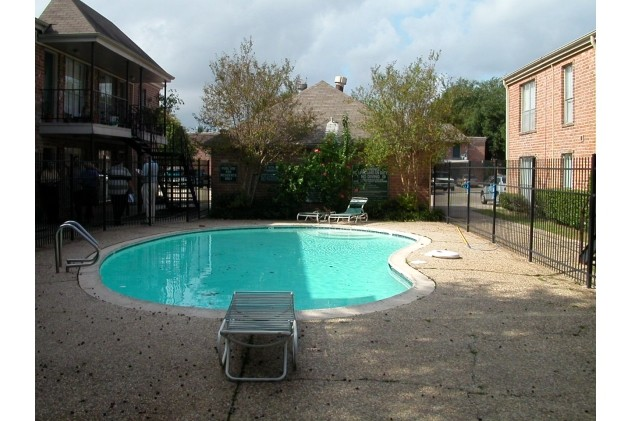 Pool at Listing #139516