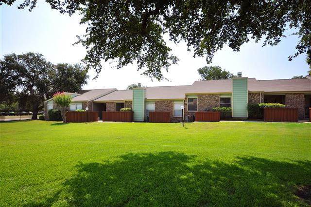 Fairways Apartments Plano TX