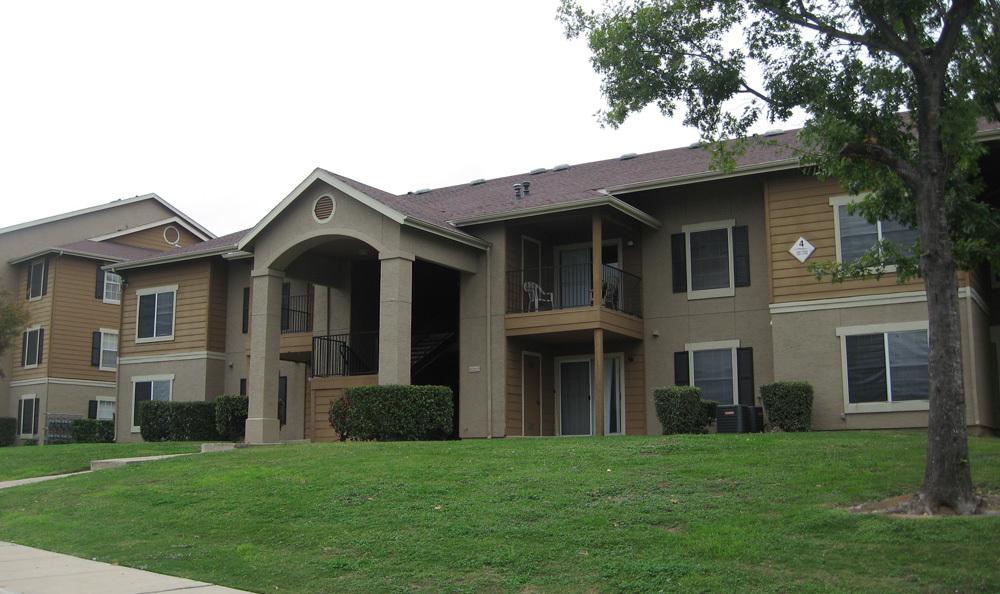 Country Club Creek Apartments Austin TX