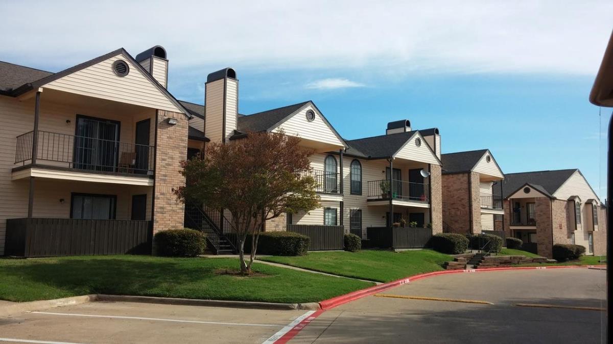 Mountain Ridge Apartments Dallas TX