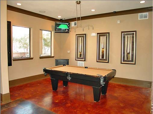Gameroom at Listing #144641