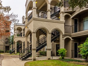 Exterior at Listing #137723