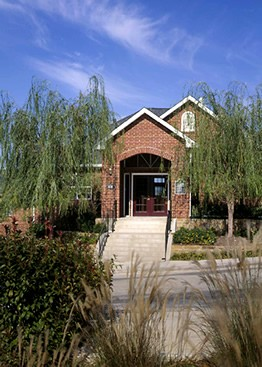 Exterior 4 at Listing #147724