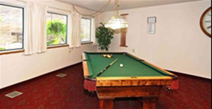 Gameroom at Listing #232390