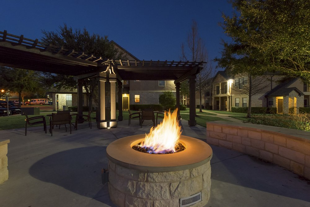 Fire Pit at Listing #138096