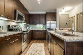 Kitchen at Listing #275304