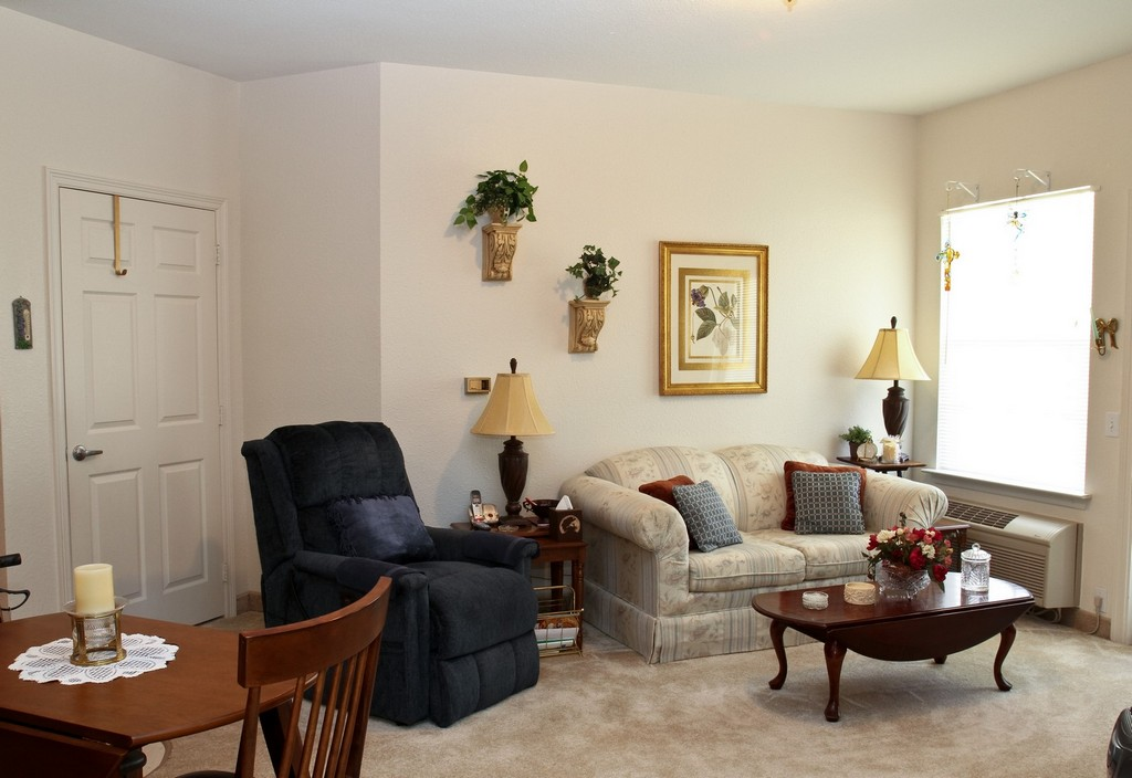 Living Area at Listing #224490