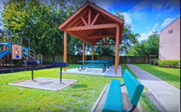 Picnic Area at Listing #139473