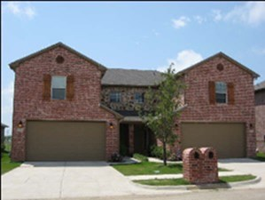 Exterior 4 at Listing #145155