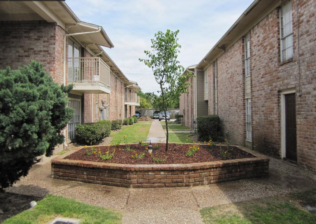 Hammerly Villa Apartments Houston TX