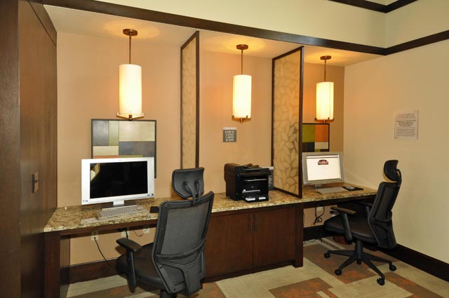 Business Center at Listing #147784