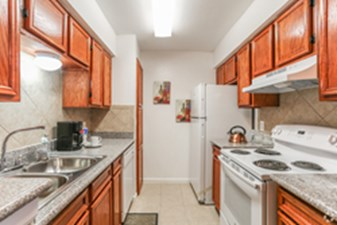 Kitchen at Listing #139739