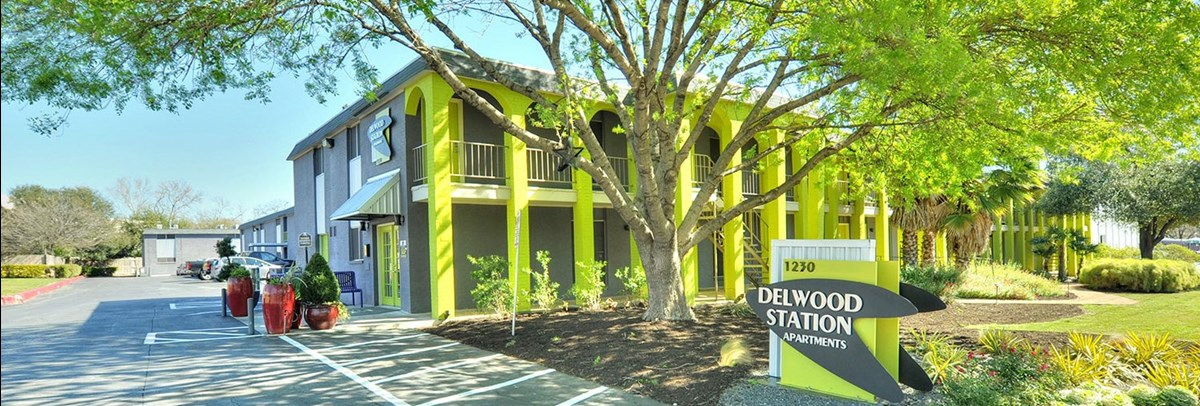 Delwood Station Apartments Austin TX