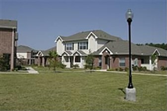 Exterior at Listing #140099