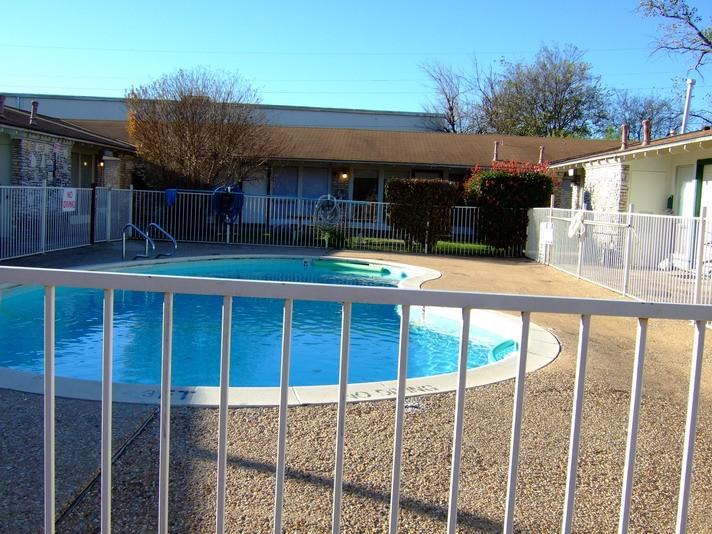 Pool at Listing #140326