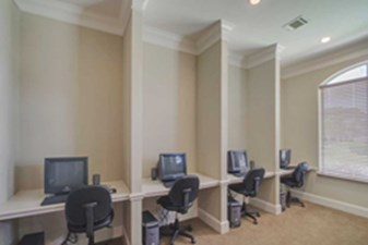 Business Center at Listing #144486