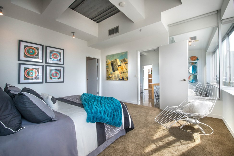 Bedroom at Listing #144657