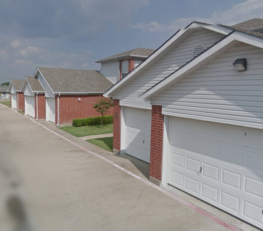 Exterior at Listing #214157