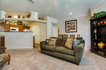 Living at Listing #144960