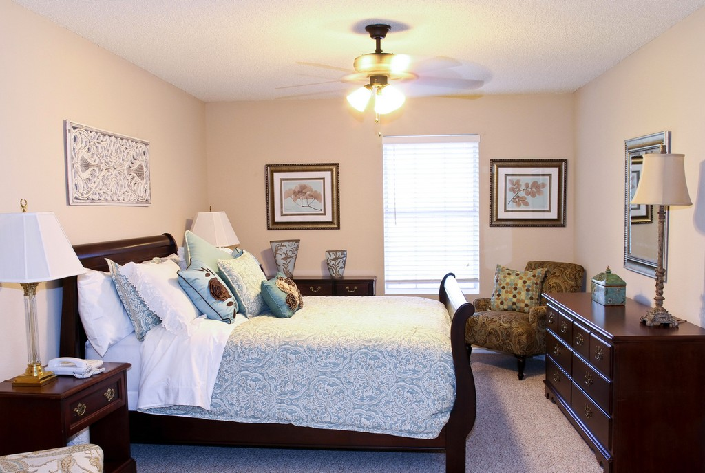 Bedroom at Listing #224481