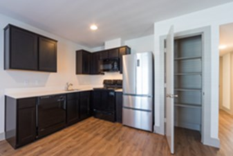 Kitchen at Listing #302196