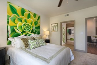 Bedroom at Listing #146487