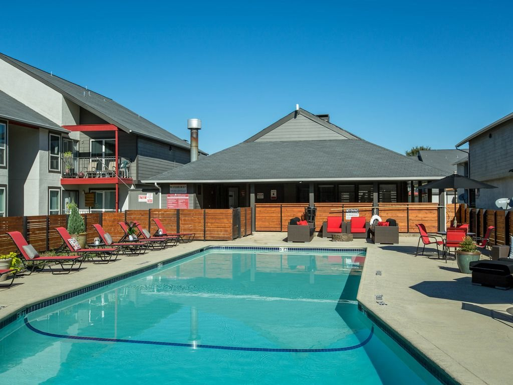 Pool at Listing #135760