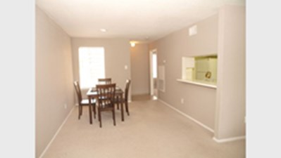 Dining at Listing #139420