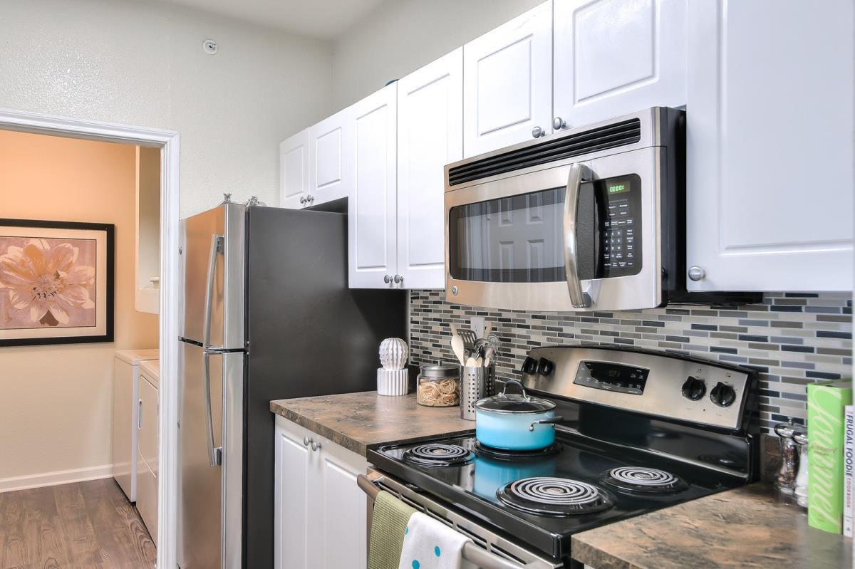 Kitchen at Listing #137747