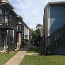 Exterior at Listing #139327