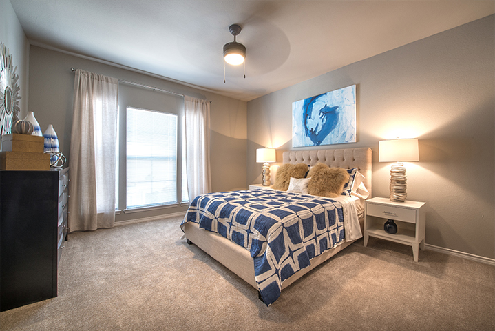 Bedroom at Listing #137279