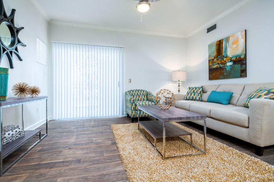 Living at Listing #138080