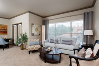 Living at Listing #140647
