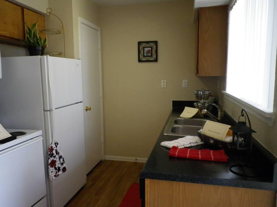 Kitchen at Listing #138992