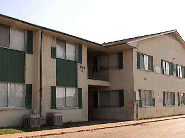 Exterior 2 at Listing #136891
