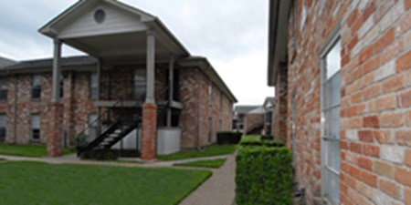 Exterior at Listing #138524