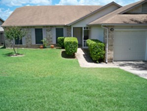 Exterior at Listing #140785